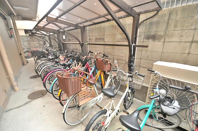 ブライトアーデン あなたの大事な自転車も安心してとめることができますね。