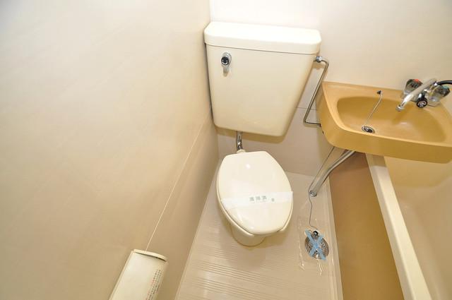 ハイツ南の風 シャワー1本で水回りが簡単に掃除できますね。