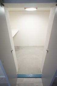 TerraceGYK 1号室