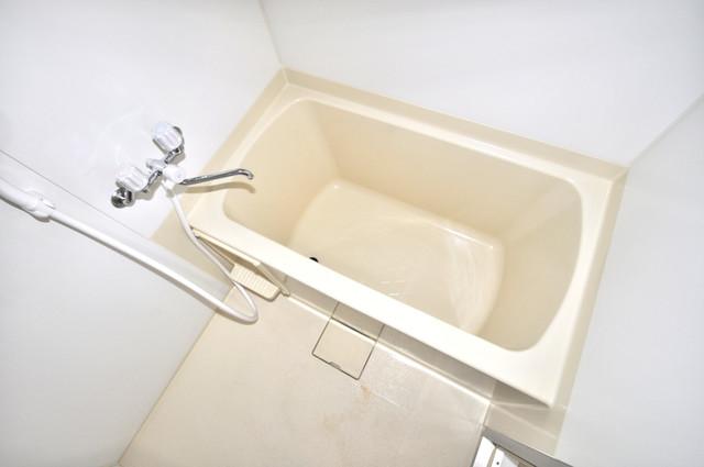 メダリアン巽 広めのお風呂は一日の疲れを癒してくれます。