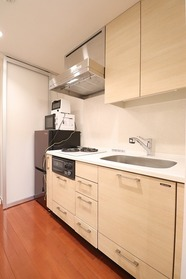 https://image.rentersnet.jp/2ff77df9-a965-4a1d-802c-bd7b8403e741_property_picture_1992_large.jpg_cap_キッチン