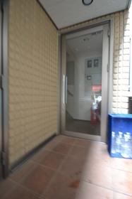 笹塚駅 徒歩11分エントランス