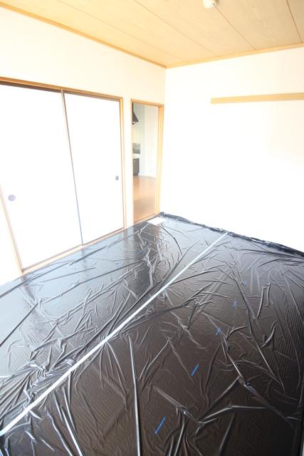 ロイヤルハイム高砂居室