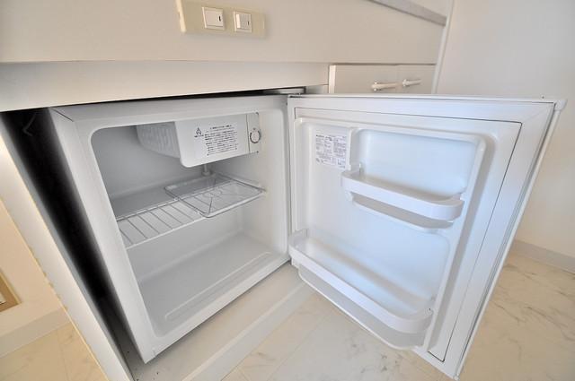 センチュリーシティⅠ 嬉しいミニ冷蔵庫付きです。家電代1つ分浮きましたね。