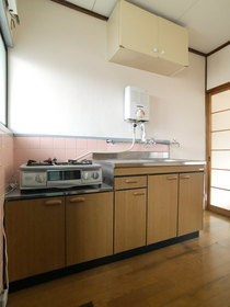 コーポつしま5棟 : 2階キッチン