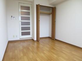 https://image.rentersnet.jp/31213fc7-cedc-4074-a612-5945eb1fc272_property_picture_958_large.jpg_cap_居室