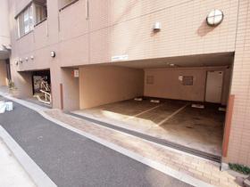 ドゥーエ五反田駐車場