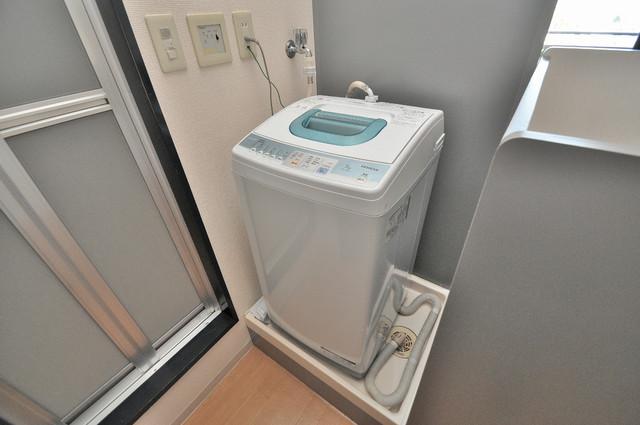 ノーブル布施 室内洗濯機置き場があります。これで洗濯機も長持ちしますね