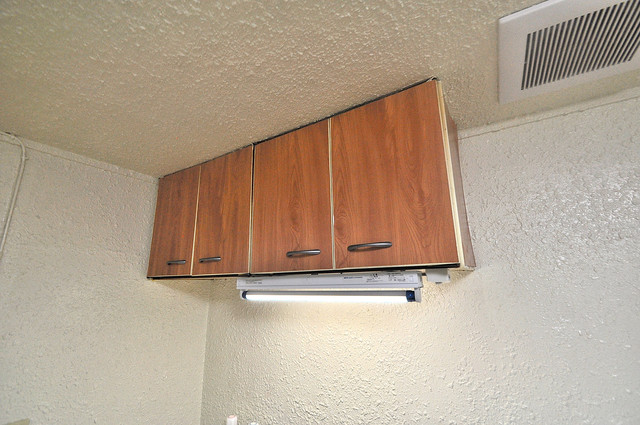 長栄寺第5コープ キッチン棚も付いていて食器収納も困りませんね。