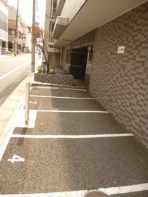 スカイコート中野駐車場