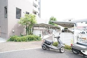 https://image.rentersnet.jp/3263ce822b5978fc525a33c00fbf88ac_property_picture_1800_large.jpg_cap_駐輪場