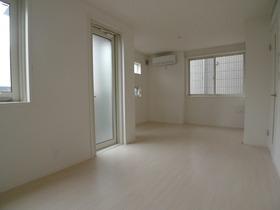 Corpo YUTAKA 102号室