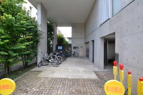 武蔵小山駅 徒歩14分エントランス