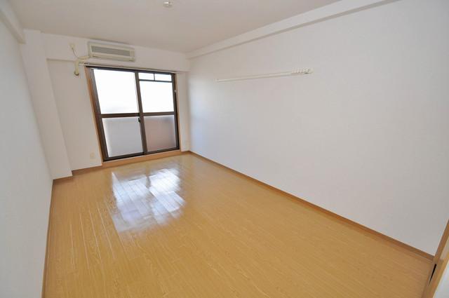 プリムヴェール 明るいお部屋はゆったりとしていて、心地よい空間です
