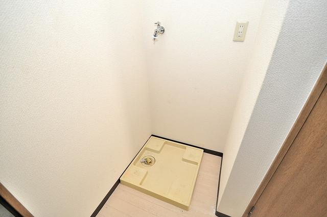 ウィダーホール23 室内に洗濯機置き場があれば雨の日でも安心ですね。
