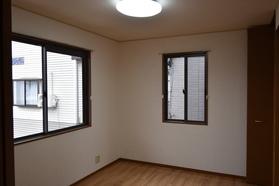 https://image.rentersnet.jp/3346447b-caad-41dc-9706-400bd597e0e6_property_picture_9494_large.jpg_cap_居室