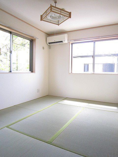 堀井アパート居室