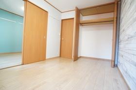 メゾンウイング 102号室
