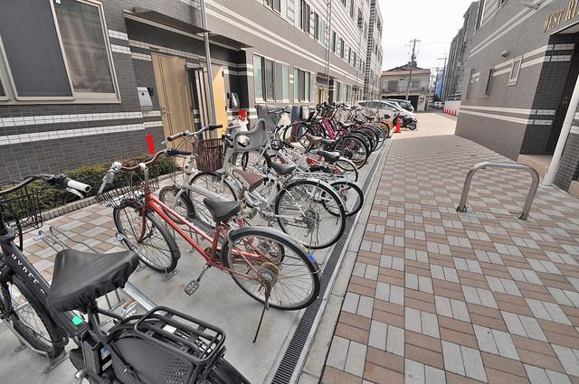 WESTRITZ巽 敷地内には専用の駐輪スペースもあります。