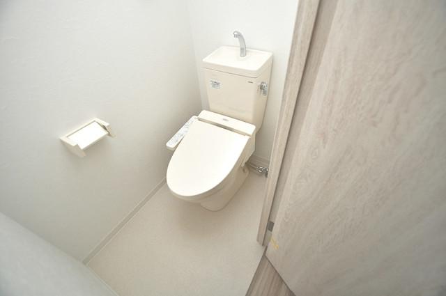 トレノーヴェ南巽 清潔感のある爽やかなトイレ。誰もがリラックスできる空間です。