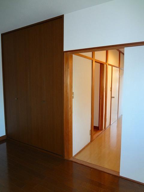 ツインハイツB居室