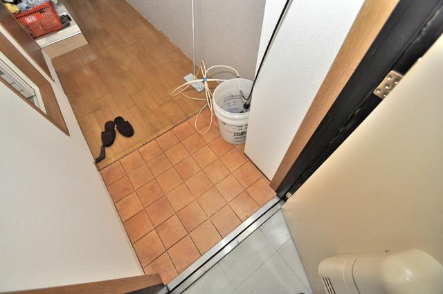 ピア小阪 素敵な玄関は毎朝あなたを元気に送りだしてくれますよ。