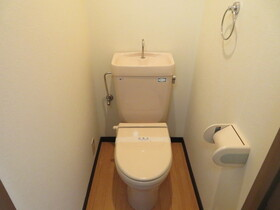 https://image.rentersnet.jp/340d8fc5-79f3-496d-9f51-d722ac3f0274_property_picture_959_large.jpg_cap_トイレ
