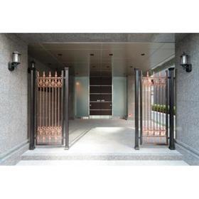 グランパレス東京八重洲アベニューエントランス