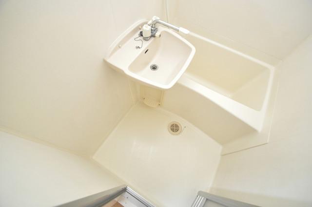 メルシー2000 機能的なバスルームはトイレと別々なので、広々としていますよ。