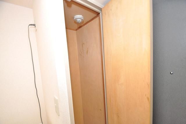 デ・リード高井田駅前 もちろん収納スペースも確保。いたれりつくせりのお部屋です。