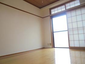 https://image.rentersnet.jp/34935d8e-c108-484f-9151-1f754ddd1692_property_picture_3186_large.jpg_cap_居室