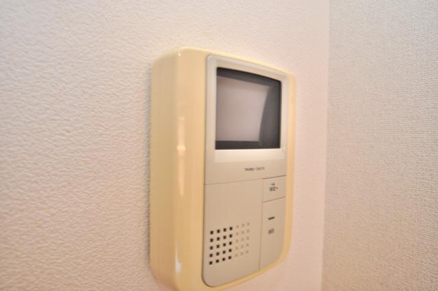 セレンディピティO・V TVモニターホンは必須ですね。扉は誰か確認してから開けて下さいね