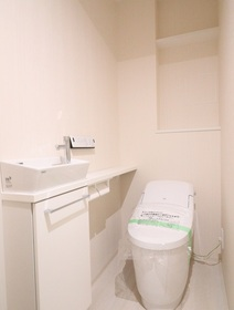 奥平レジデンス 1202号室
