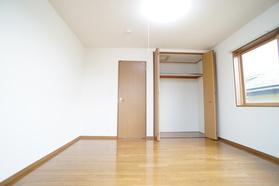 https://image.rentersnet.jp/35424757-d70d-49e8-a9e1-aa71e2fac3fc_property_picture_956_large.jpg_cap_居室