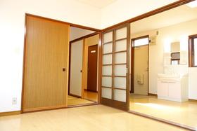 https://image.rentersnet.jp/355b97ad-7ae3-44cc-a409-96e5ab12fe1b_property_picture_1992_large.jpg_cap_居室