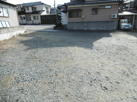 https://image.rentersnet.jp/356f2157306f34e5e83ce03df4024e26_property_picture_1991_large.jpg_cap_2台目駐車場