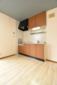 https://image.rentersnet.jp/357895e7-1e9d-4719-912e-70651717b037_property_picture_9494_large.jpg_cap_キッチン