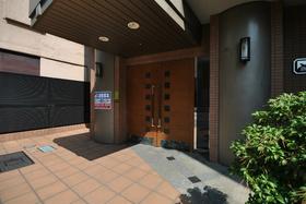 浅草橋駅 徒歩11分エントランス