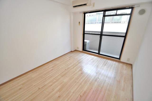 ロンモンターニュ小阪 窓があるので風通しが良く、快適な睡眠がとれそうですね。