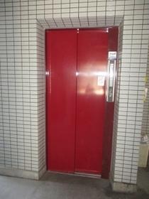 鶴見駅 バス12分「末吉小学校前停」徒歩1分共用設備