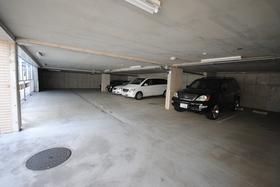 ザ・ライオンズ上野の森セントラルタワー駐車場