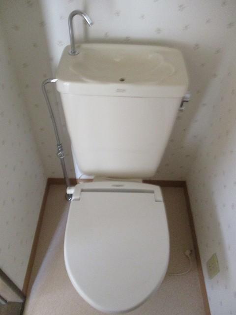 白楽駅 徒歩8分トイレ
