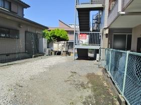 ヤシマハイツ駐車場