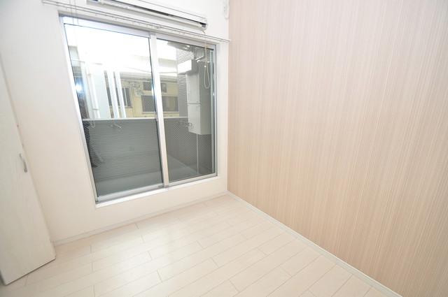 アキラ大阪 シンプルな単身さん向きのマンションです。