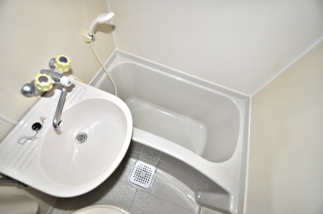 レスポワール シャワー1本で水回りが簡単に掃除できますね。