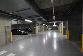 白金タワー駐車場