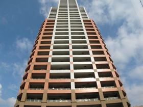 カスタリア大濠ベイタワーの外観画像