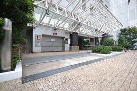 田町駅 徒歩20分エントランス