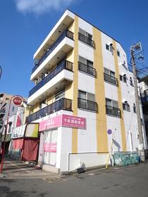 餅田マンションの外観画像