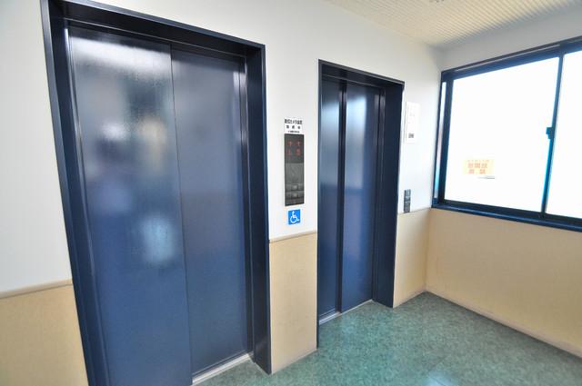 ノーブル布施 嬉しい事にエレベーターがあります。重い荷物を持っていても安心